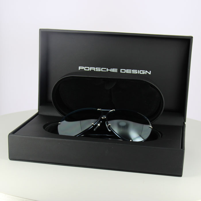 Porsche Design P8478 - COLOR OF THE YEAR 2020 LIMITED EDITION case